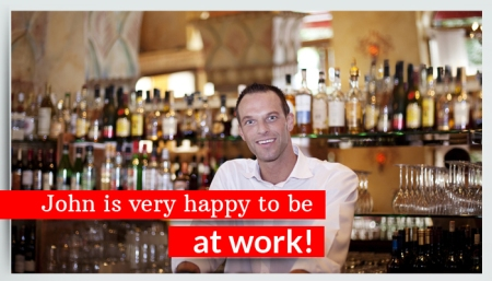 Marketing on Facebook for restaurants - post images with your staff